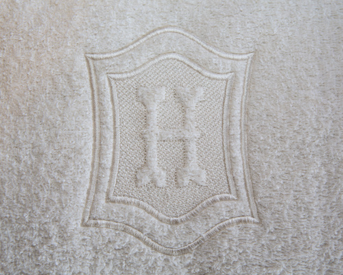 Simple embossed embroidery fonts makaroka